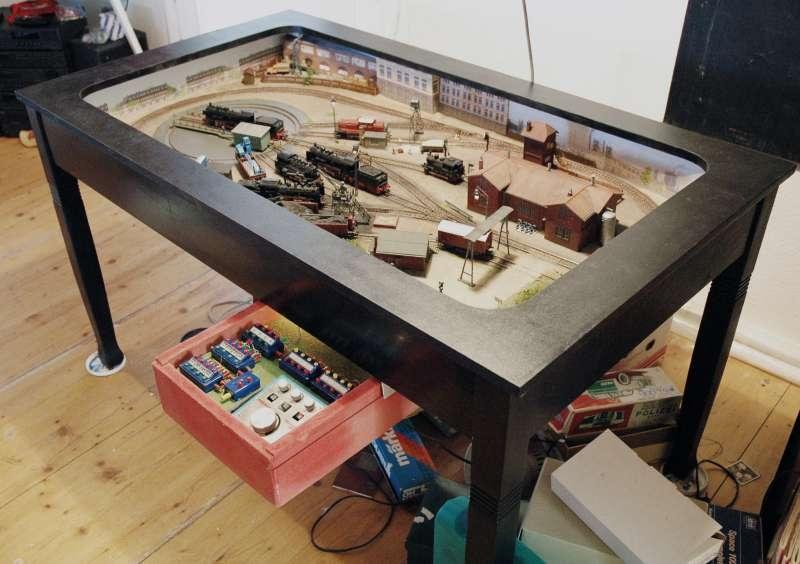 Tischanlage Modelleisenbahn - Modellbau Community für ...